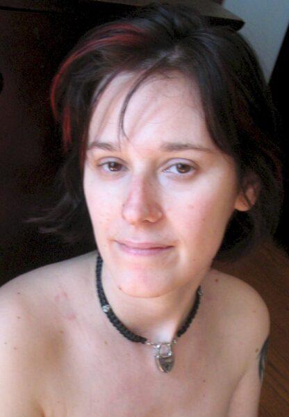 Femme adultère autoritaire pour coquin soumis
