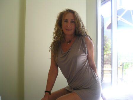 Femme adultère dominatrice pour homme qui se soumet