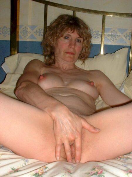 Femme mature coquine que pour des libertins sur le 63