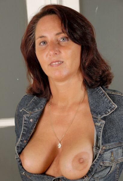 Je recherche un homme pour faire une rencontre coquine sur Thonon-les-Bains