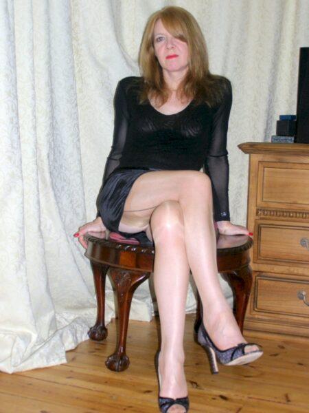 Très belle femme seule qui a envie d'un plan sexe